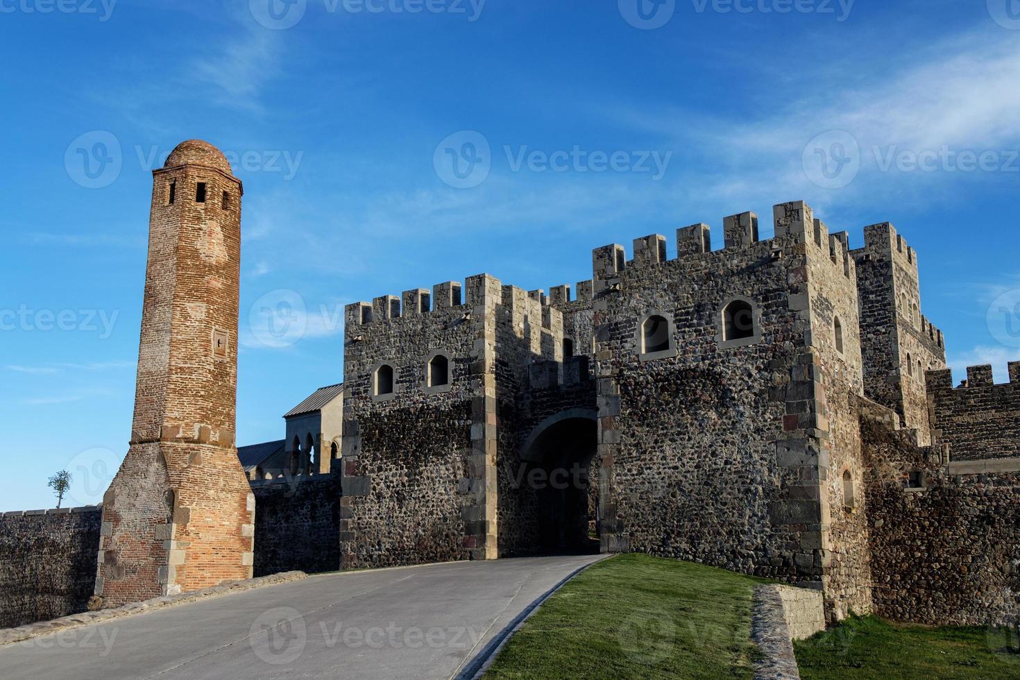 portão do castelo rabati na georgia, marco histórico foto