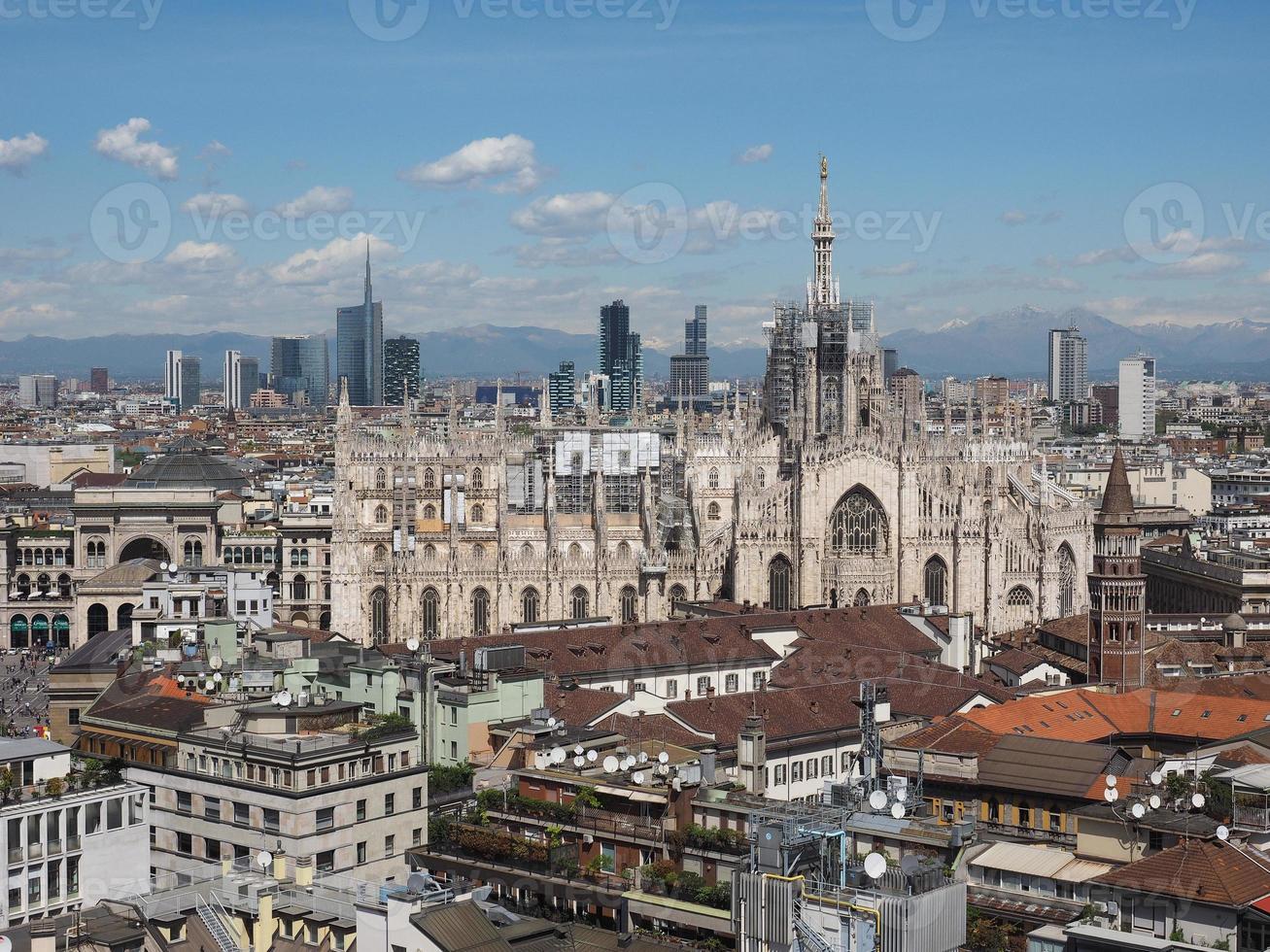 Vista aérea de Milão, Itália foto