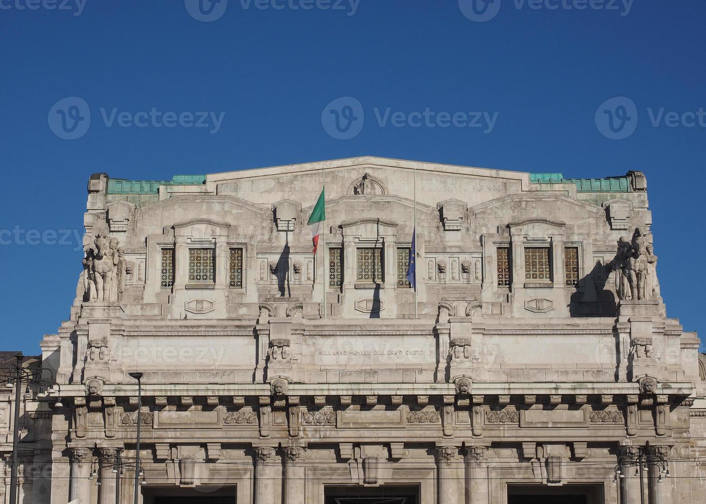 Stazione Centrale em Milão foto