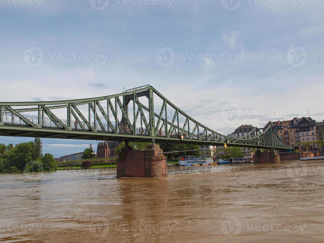 ponte de ferro em frankfurt foto