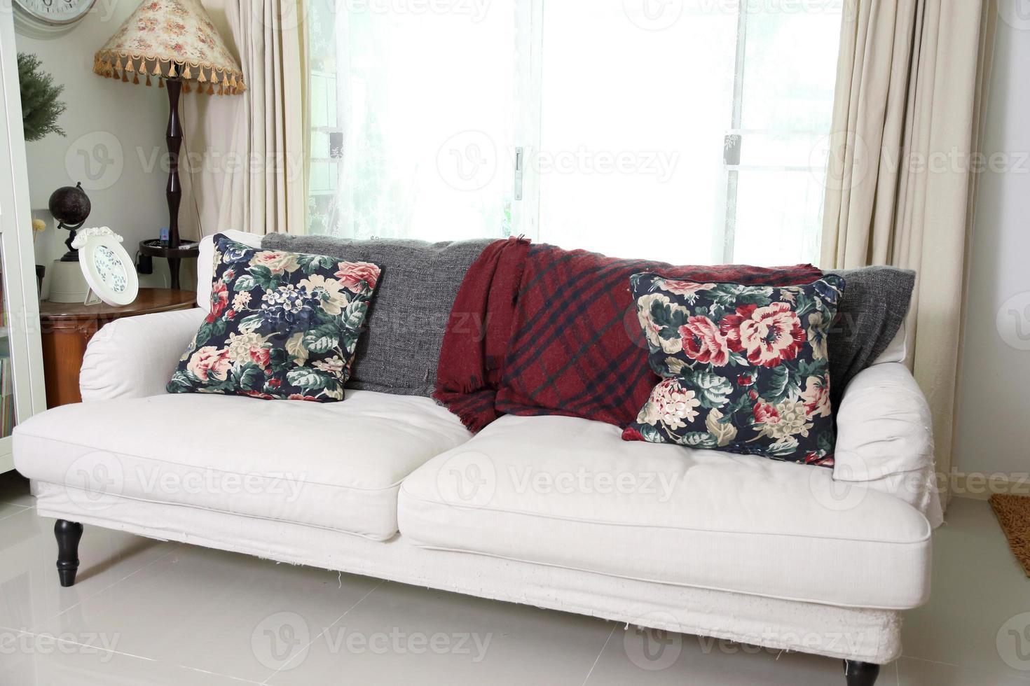 grande sofá sala de estar foto