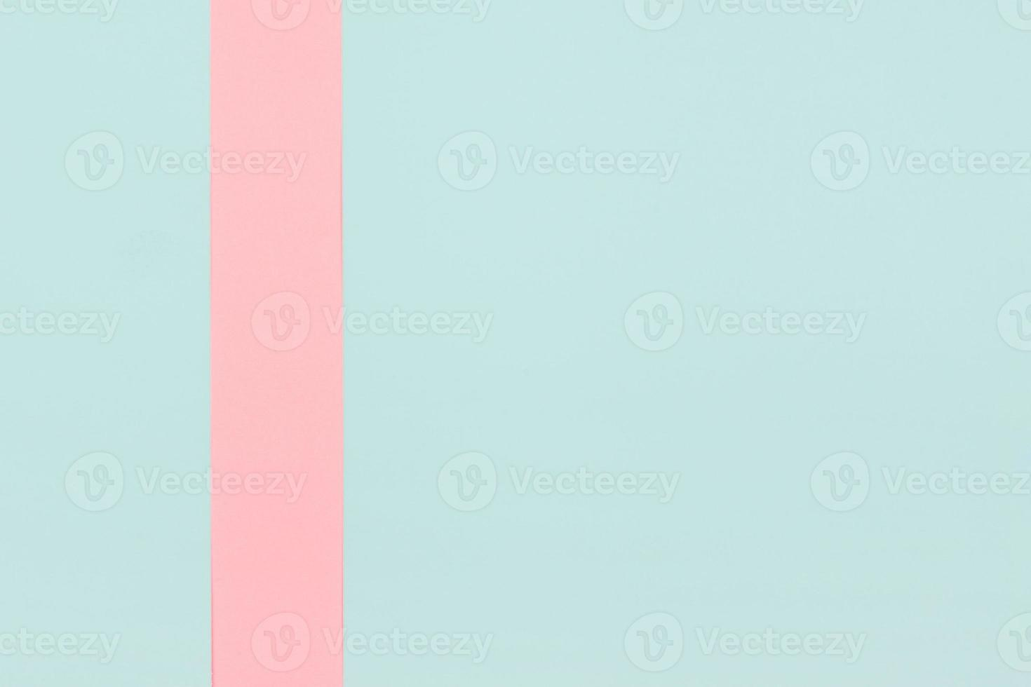 listra rosa em fundo de hortelã foto