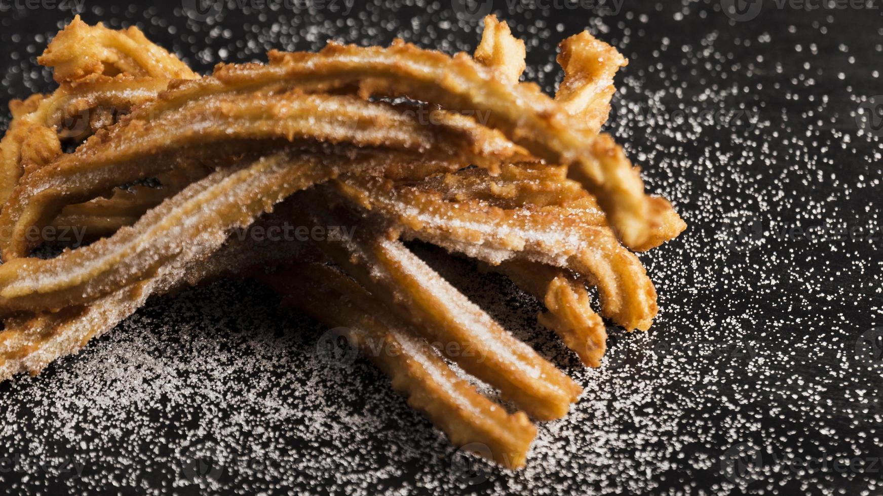 churros fritos com açúcar foto