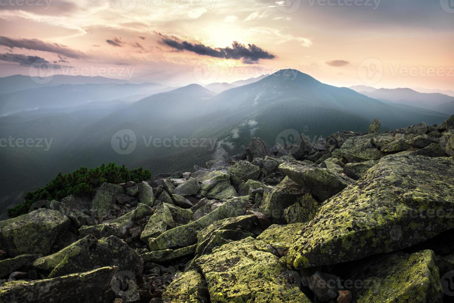 montanhas foto