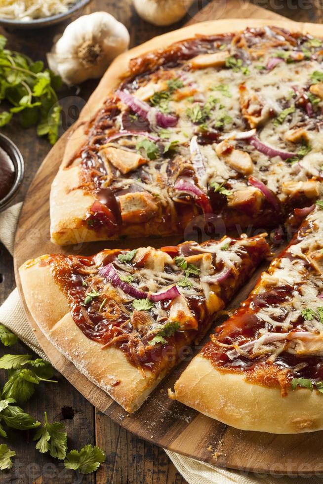 pizza de frango caseiro foto