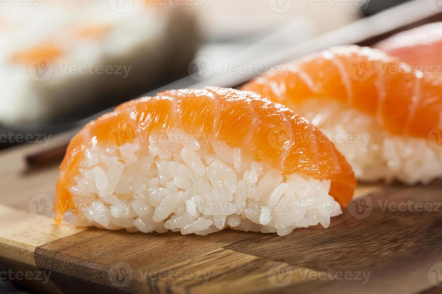 sushi nigiri japonês saudável foto