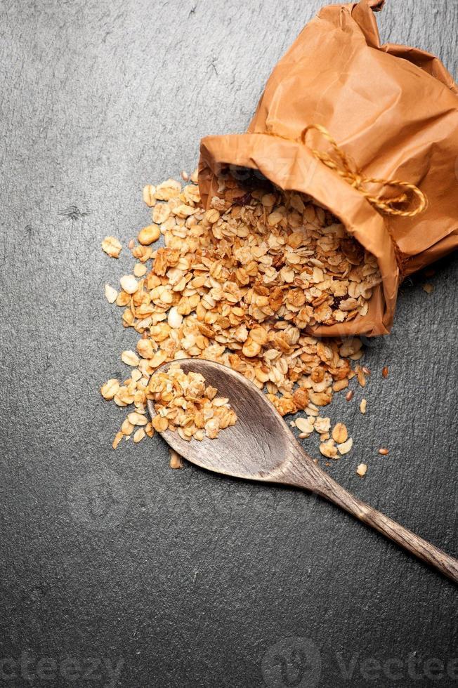 granola. vista do topo. veja séries. foto