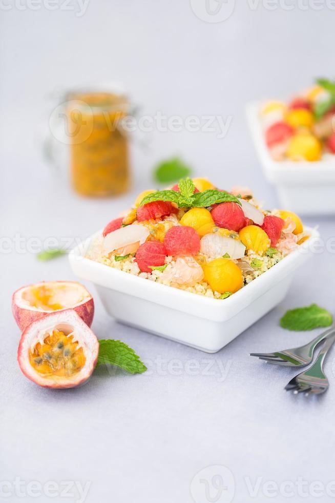 tabule de frutas exóticas foto