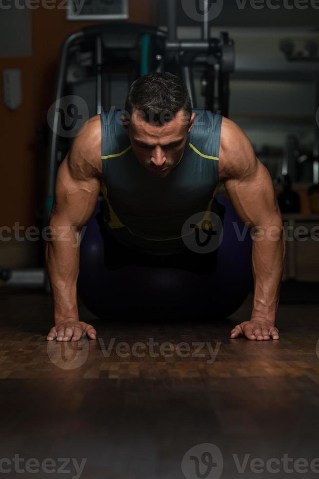 flexões posição superior foto