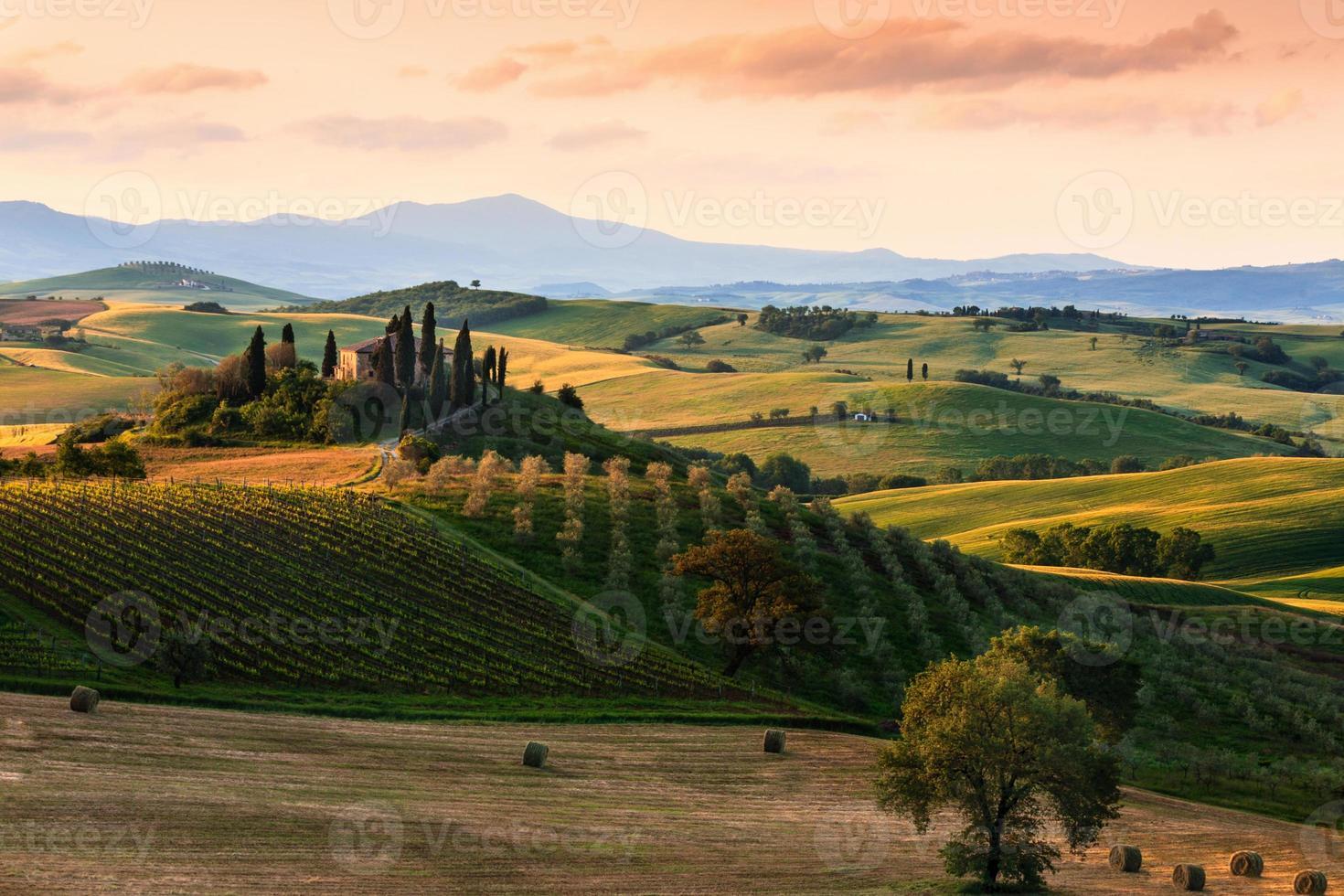 paisagem típica da Toscana foto