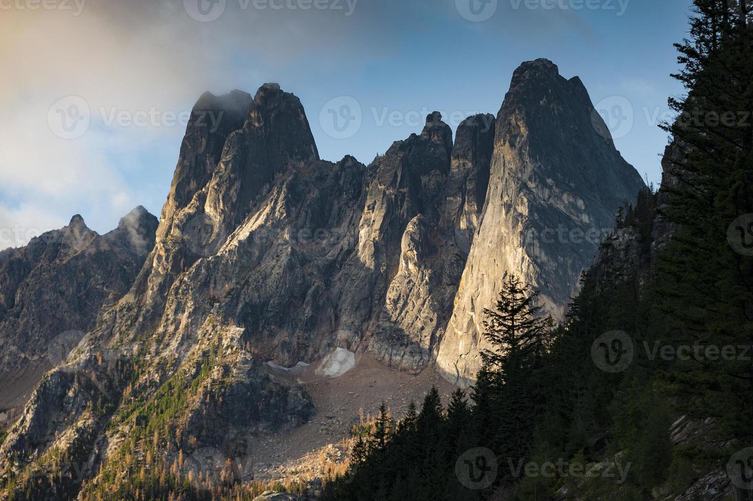 pináculos invernos adiantados foto