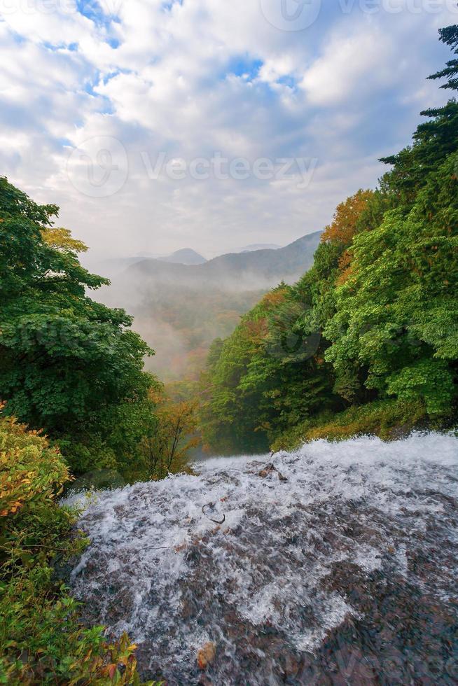 yunoko lake foto