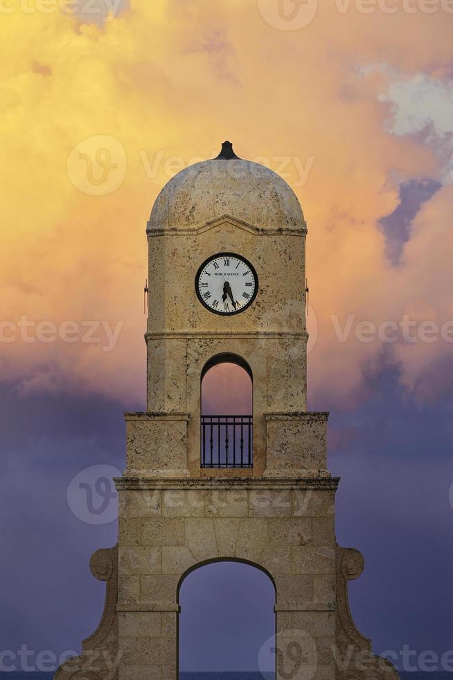 vale torre do relógio avenida foto