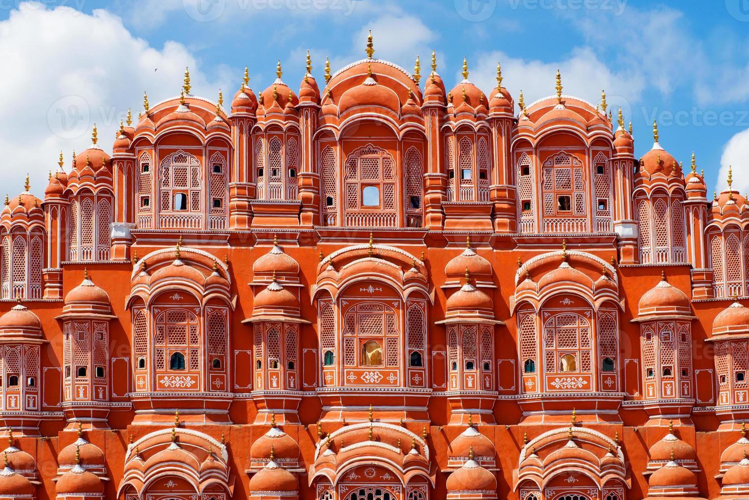 Palácio hawa mahal (palácio dos ventos) em jaipur, rajasthan foto