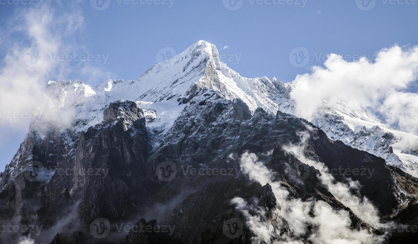 paisagens de montanha em torno de grindelwald, suíça foto