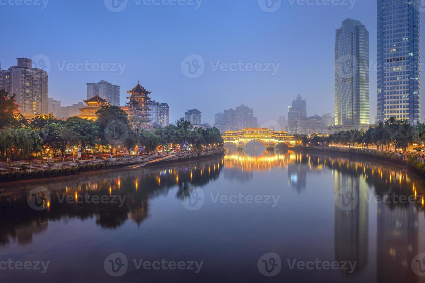 chengdu, china no rio jin foto