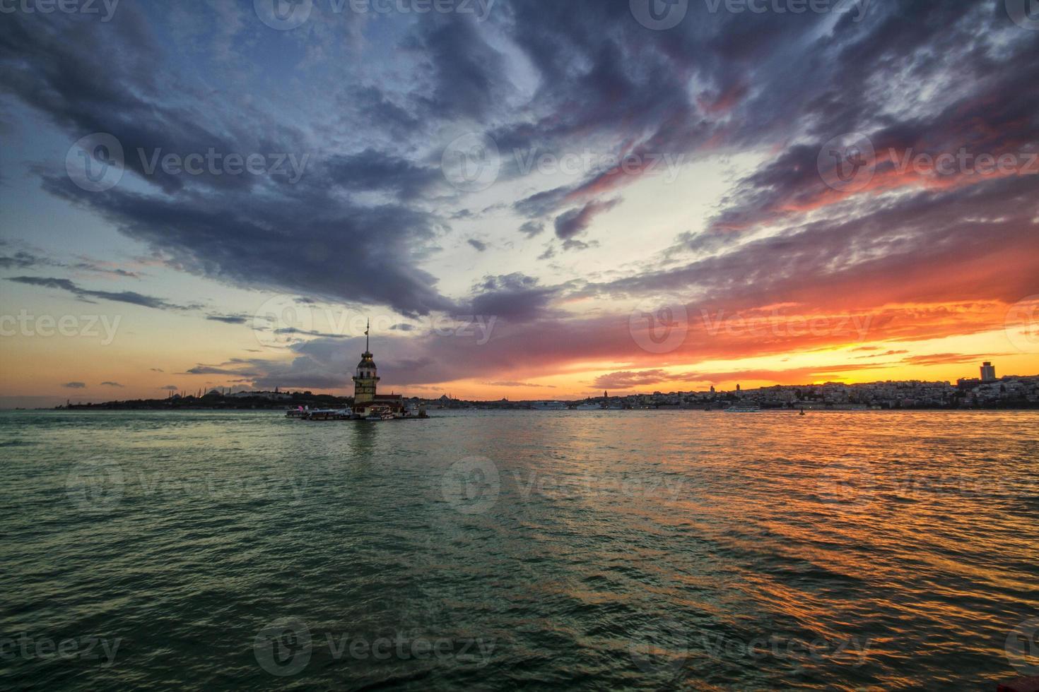 torre da donzela em Istambul, Turquia foto