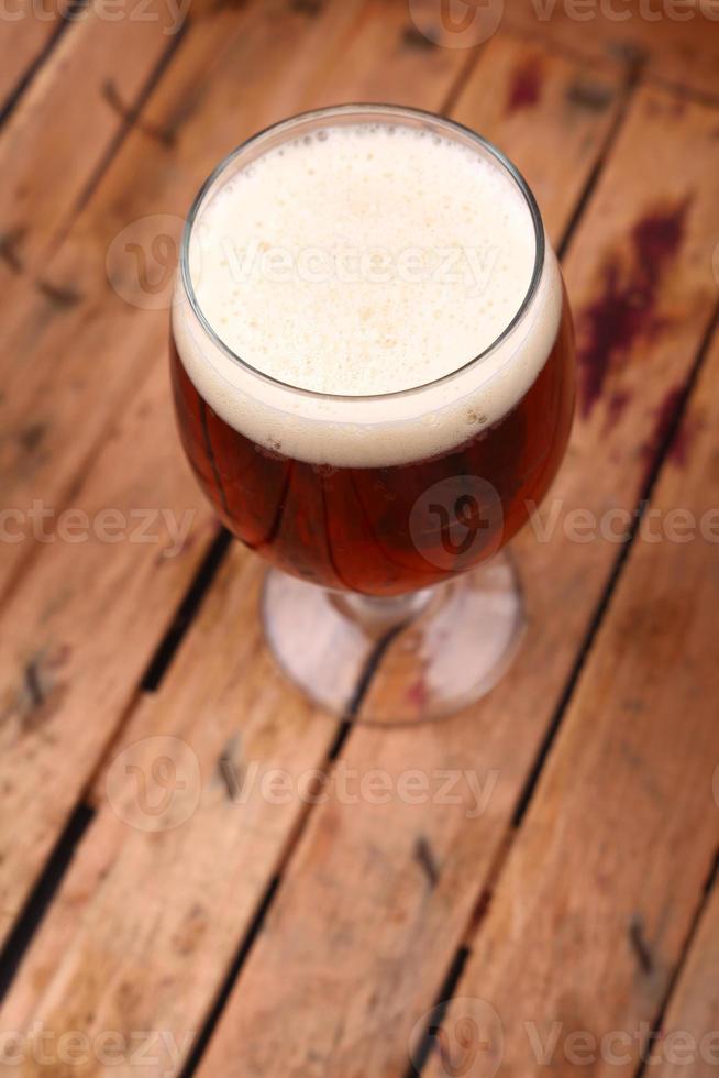 cerveja em uma caixa foto