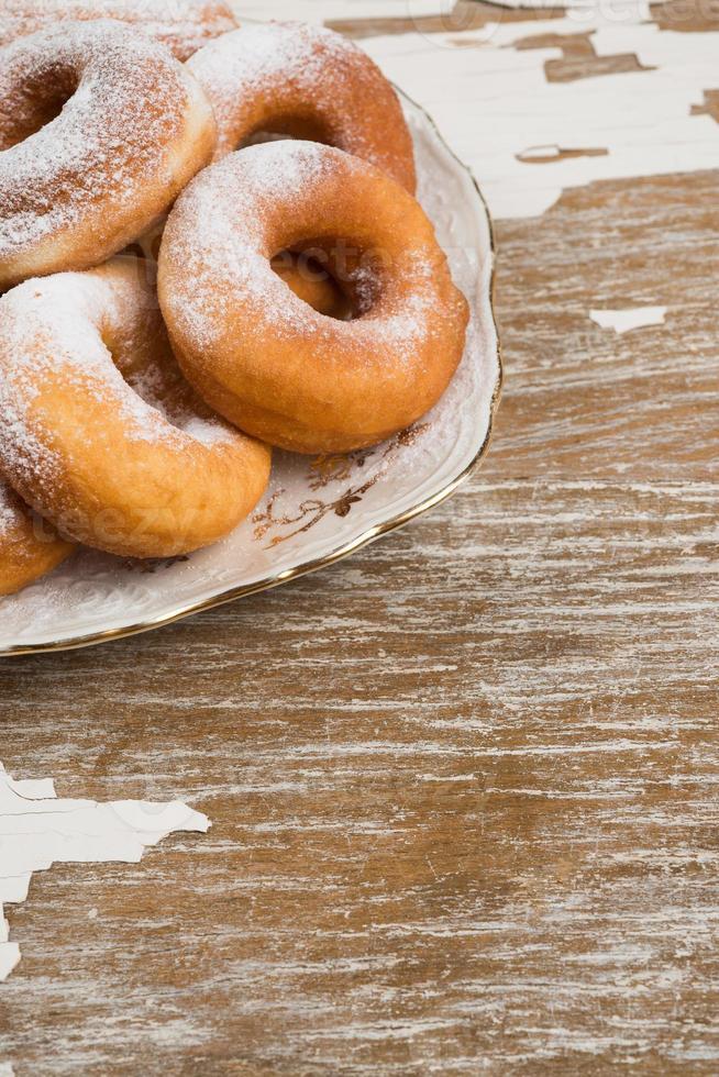 rosquinhas no prato foto
