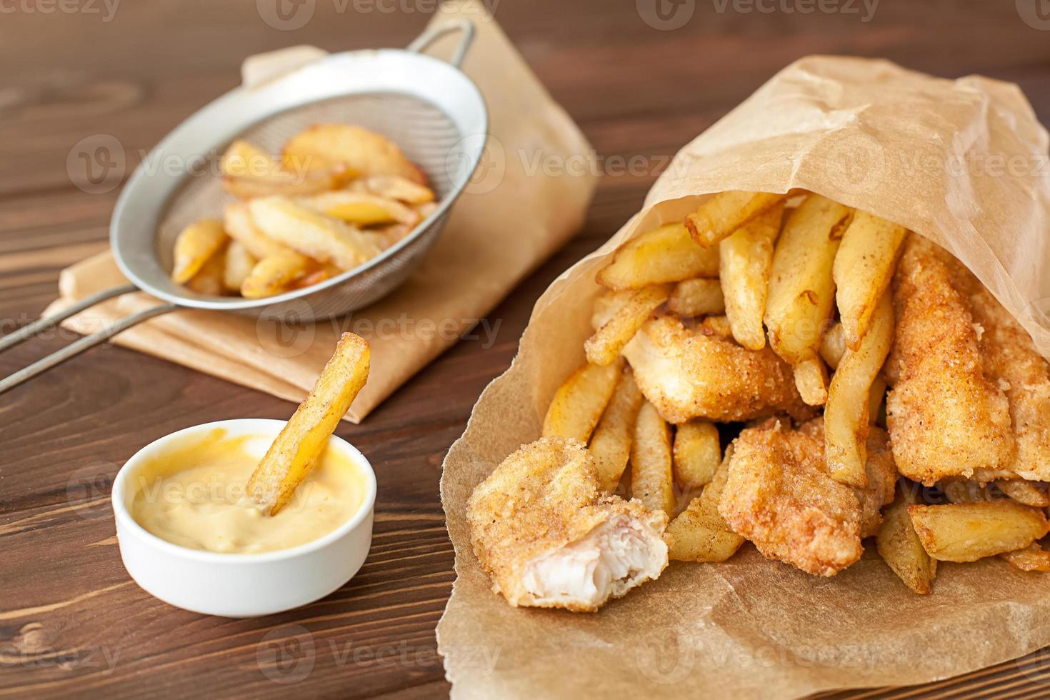 peixe e batatas fritas fast food foto
