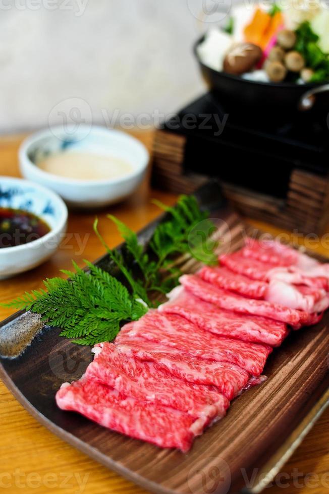 carne para shabushabu foto
