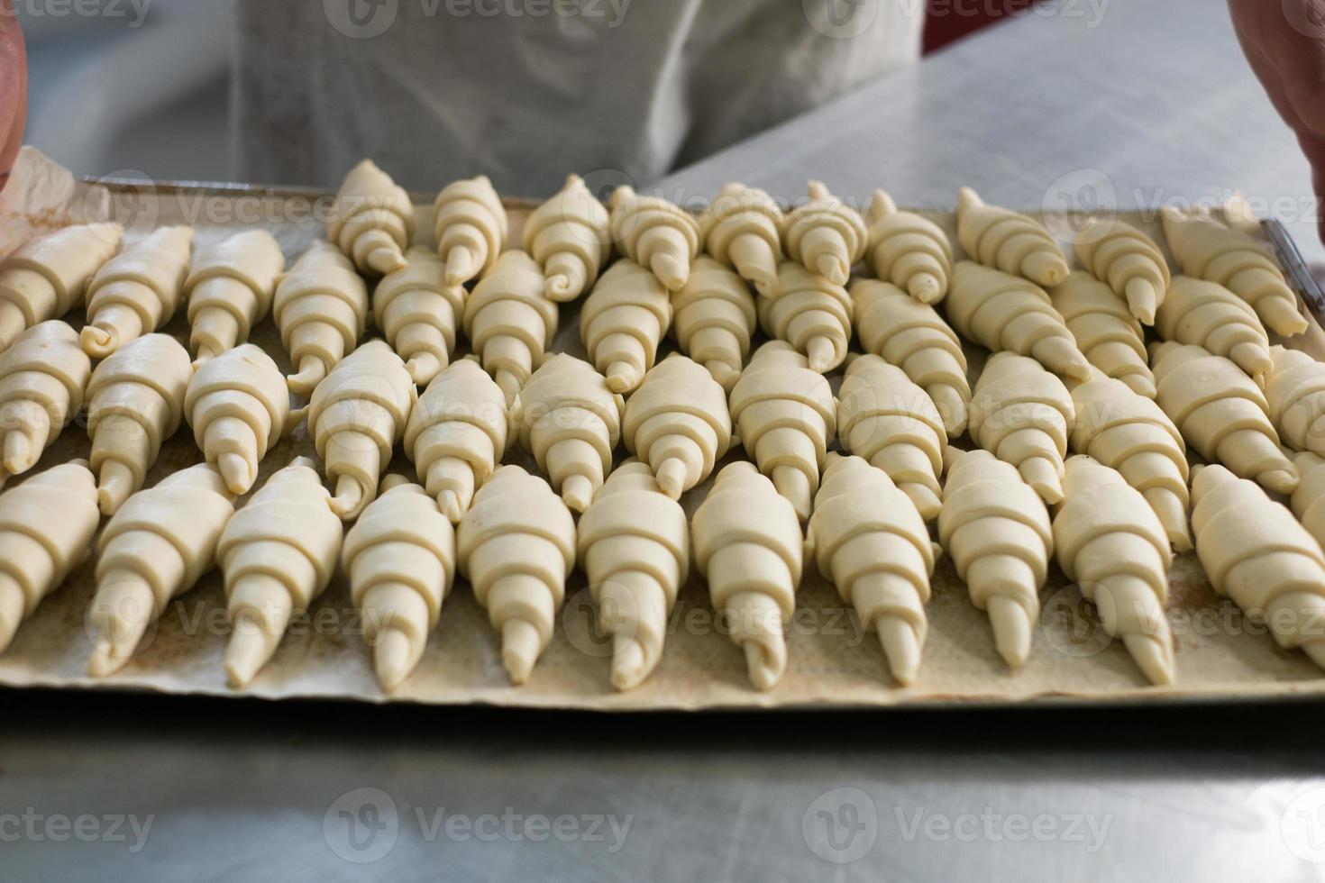 croissants na bandeja foto