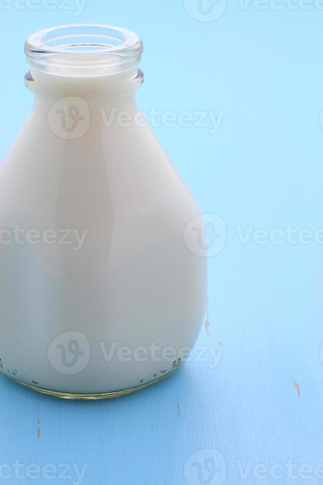 deliciosa caneca de leite foto