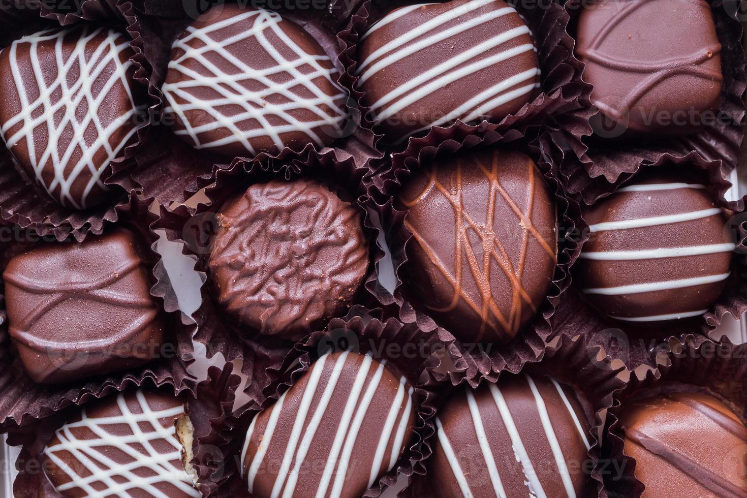 branco, escuro e chocolate ao leite. foto