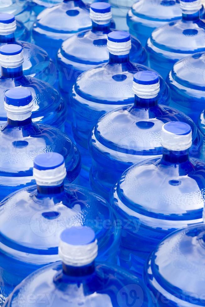 garrafas de água foto