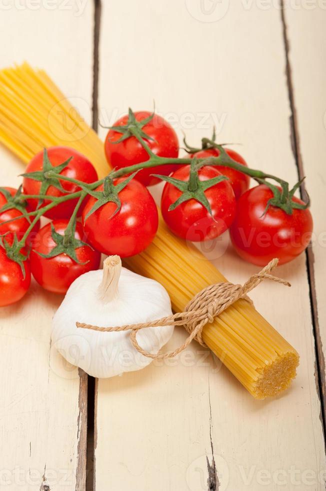ingredientes básicos de massas italianas foto