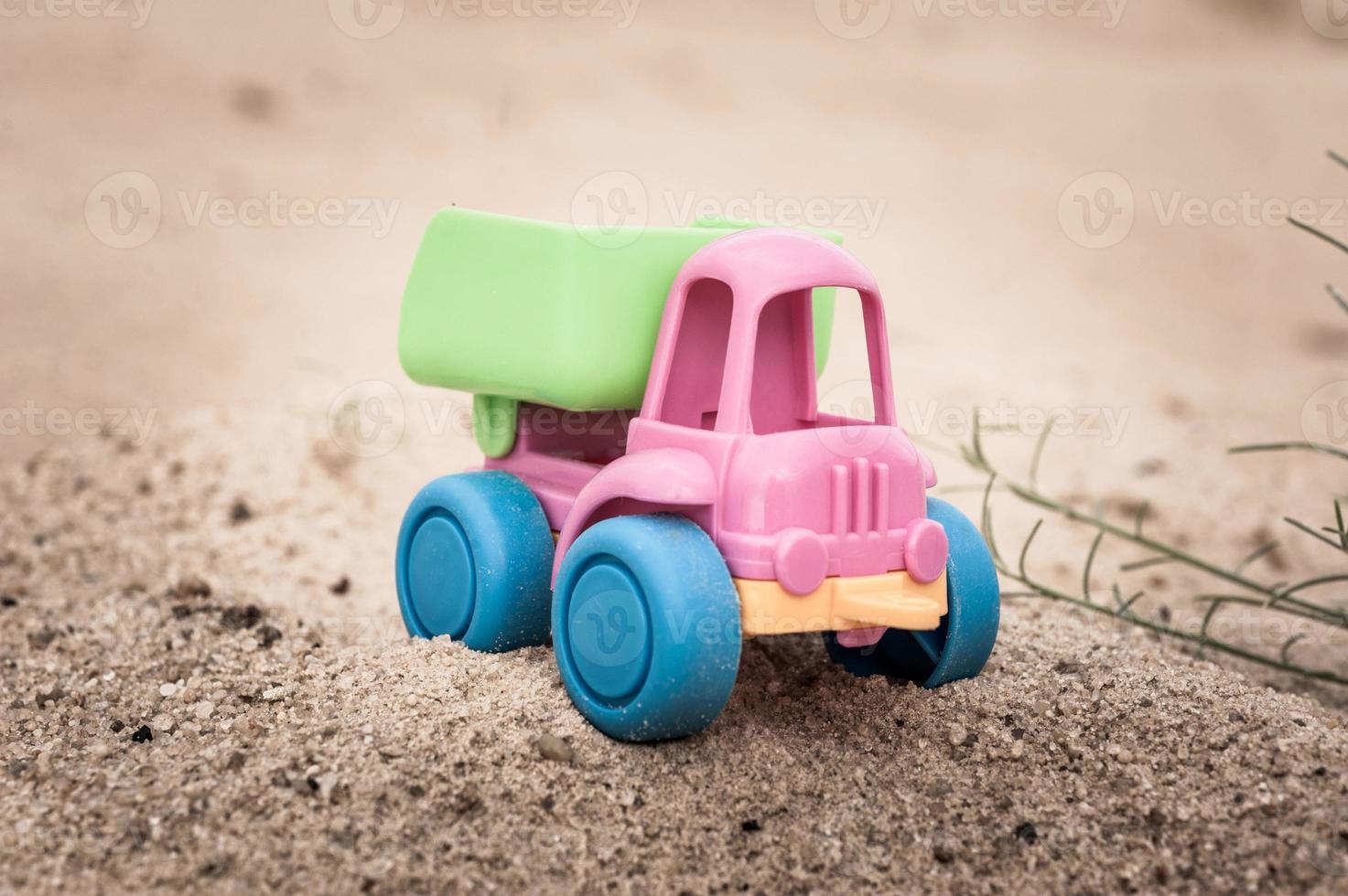 caminhão nas areias foto