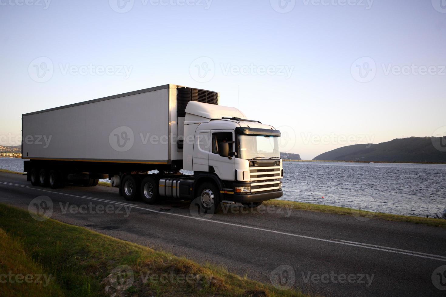 dezoito veículo com rodas foto