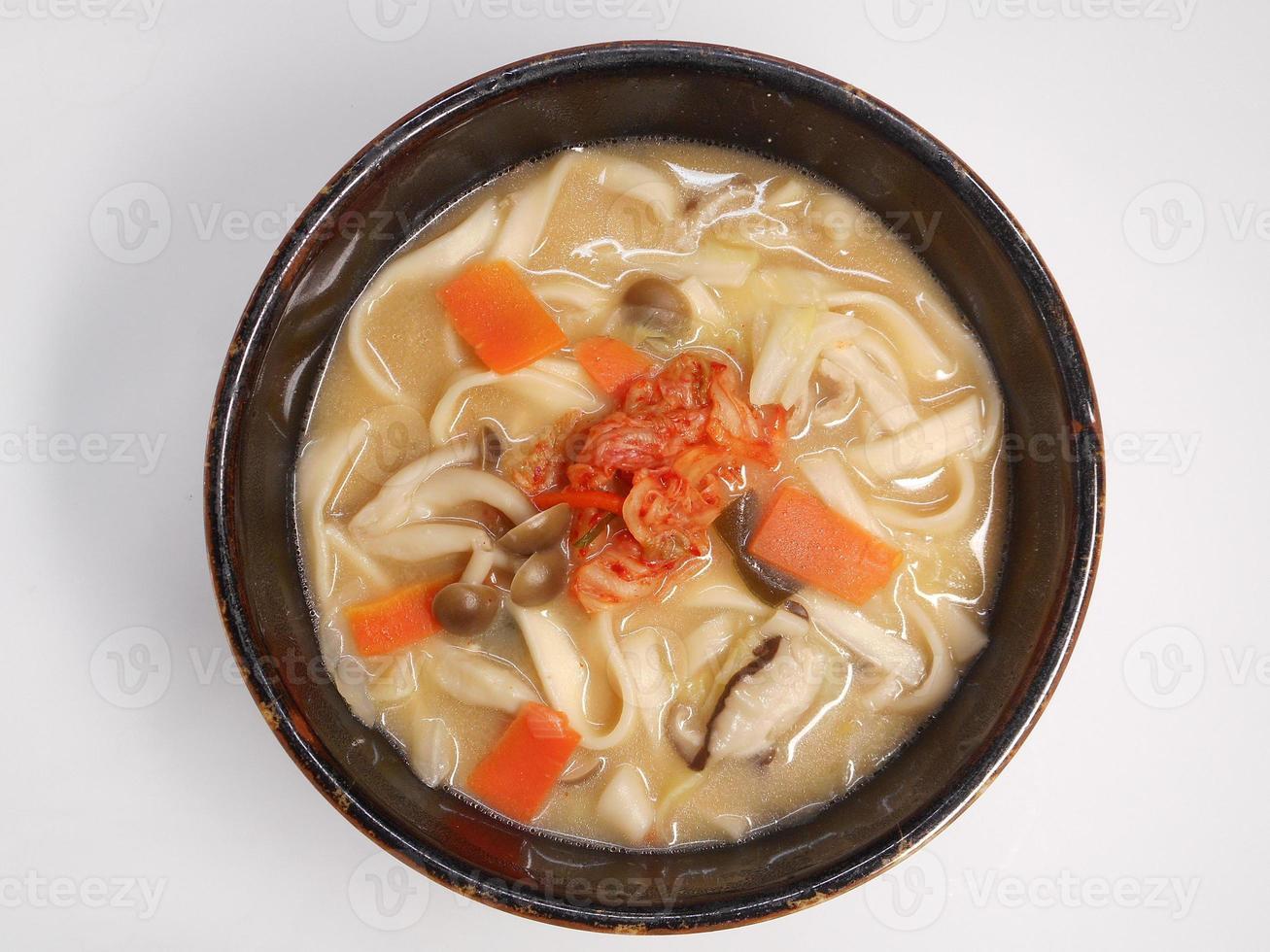 miso leite de soja udon foto