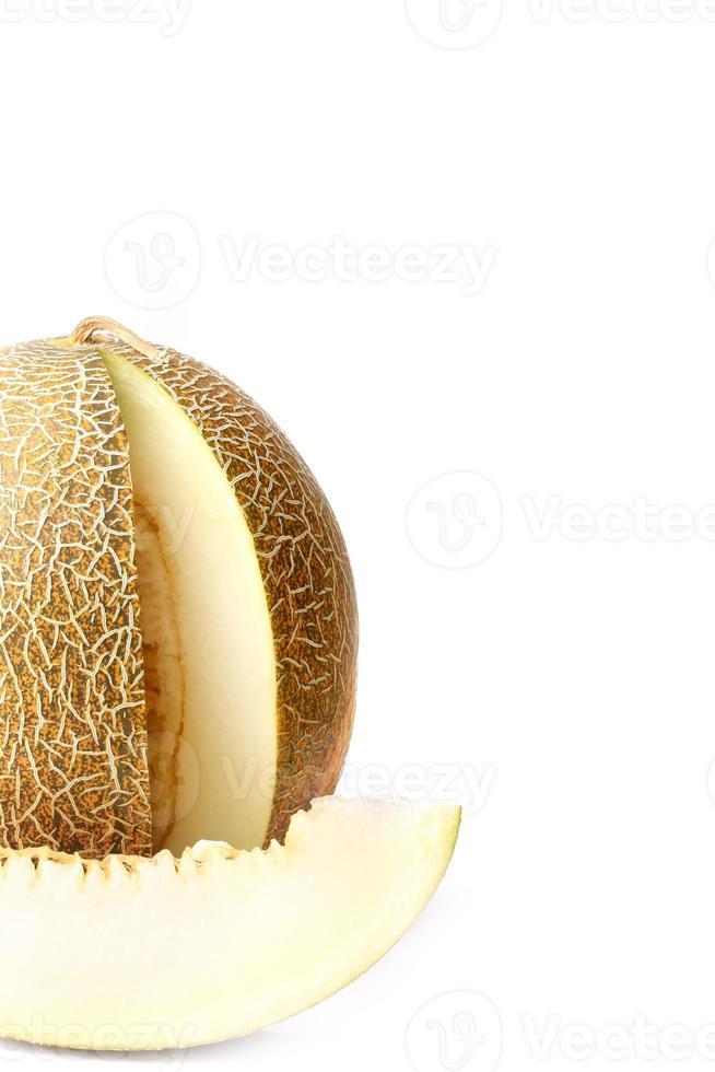 melão isolado no fundo branco foto