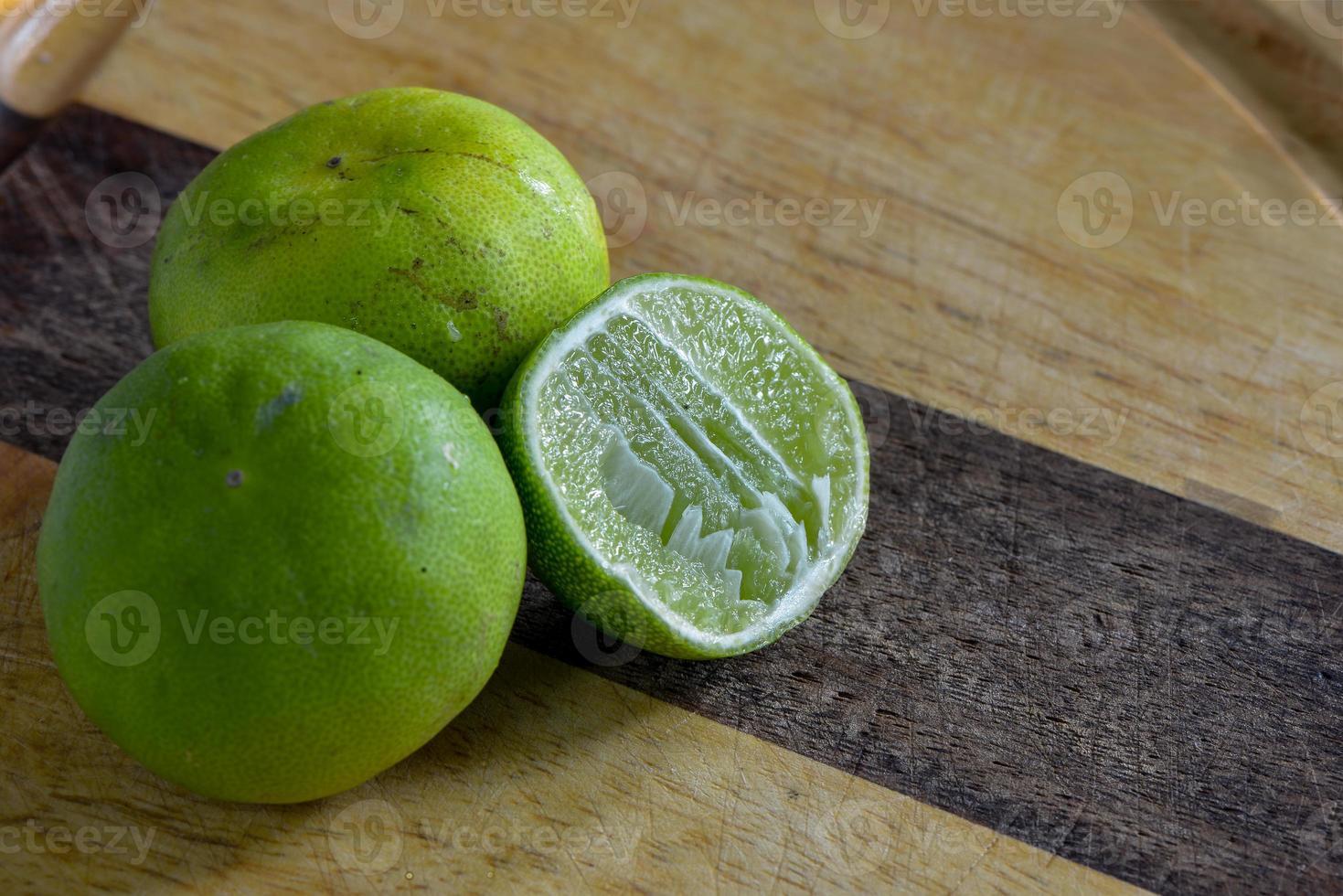 frutas azedas foto
