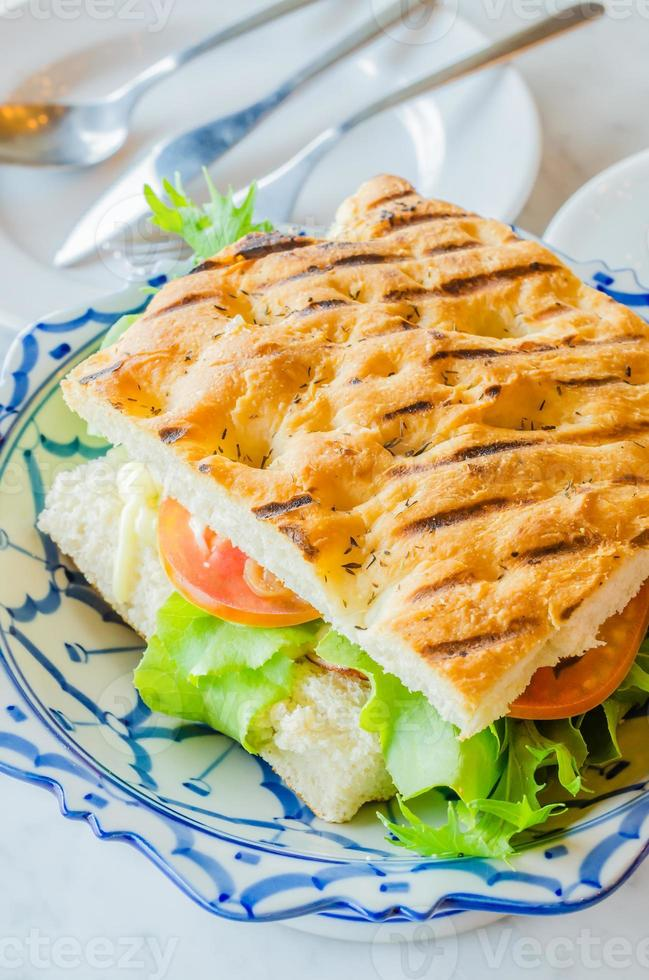 sanduíche de presunto e queijo foto