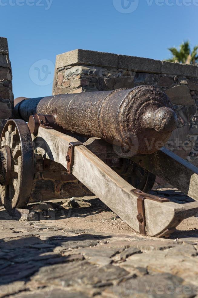 canhão histórico, colonia del sacramento, uruguai. viajando. foto