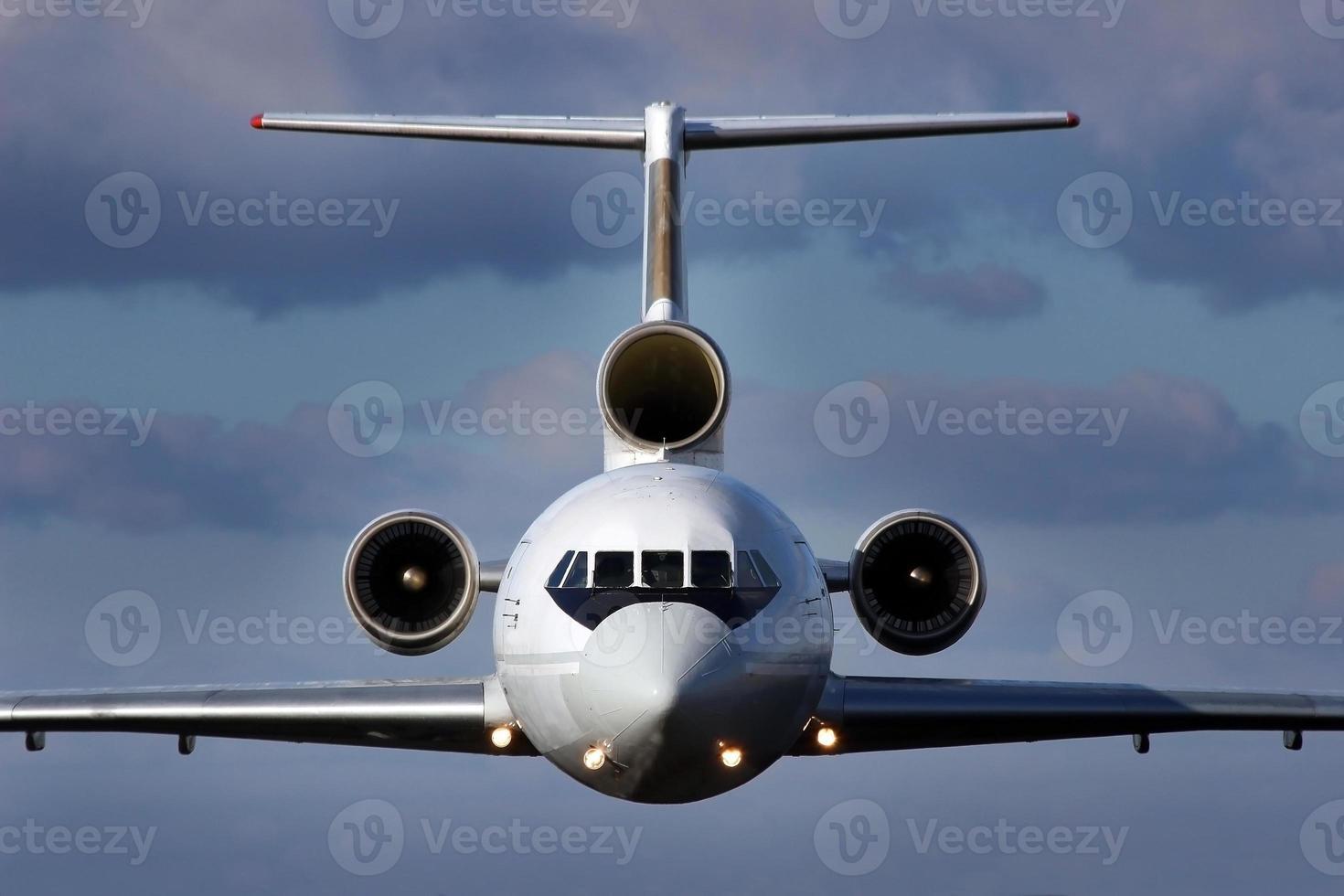 aeronave em vôo foto