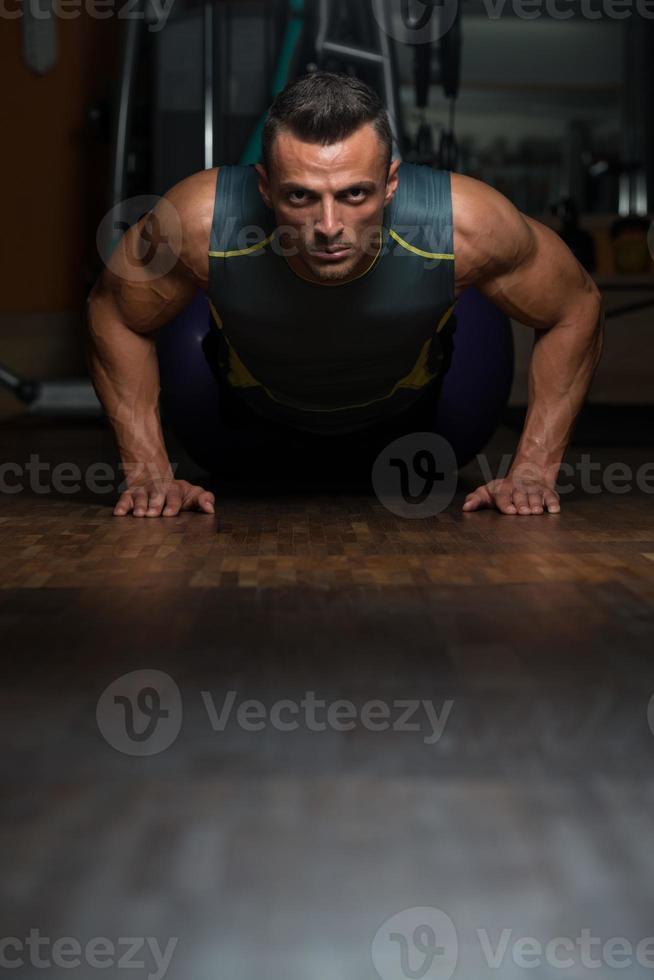 flexões posição inferior foto