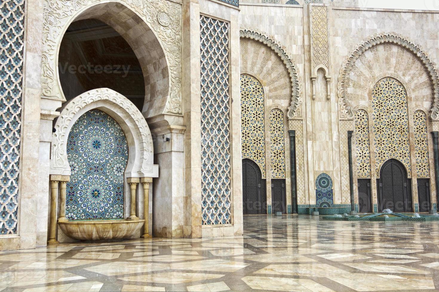 detalhe da mesquita hassan ii em casablanca, marrocos foto