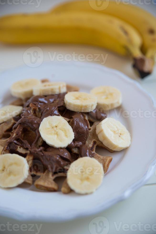 waffles com chocolate e banana foto