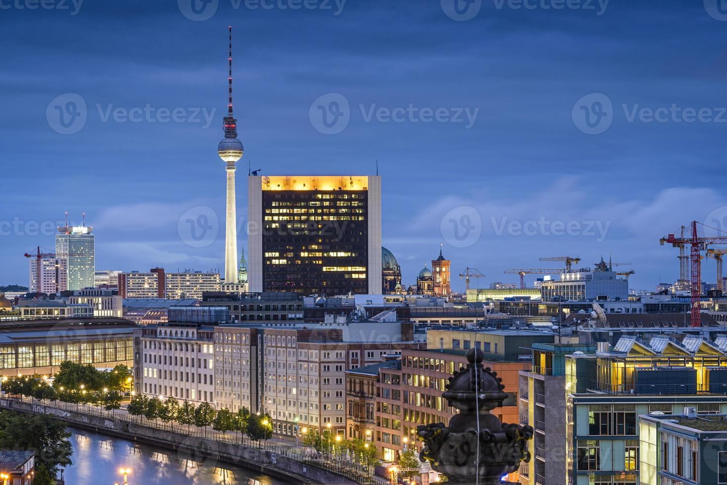 skyline de berlim, alemanha foto