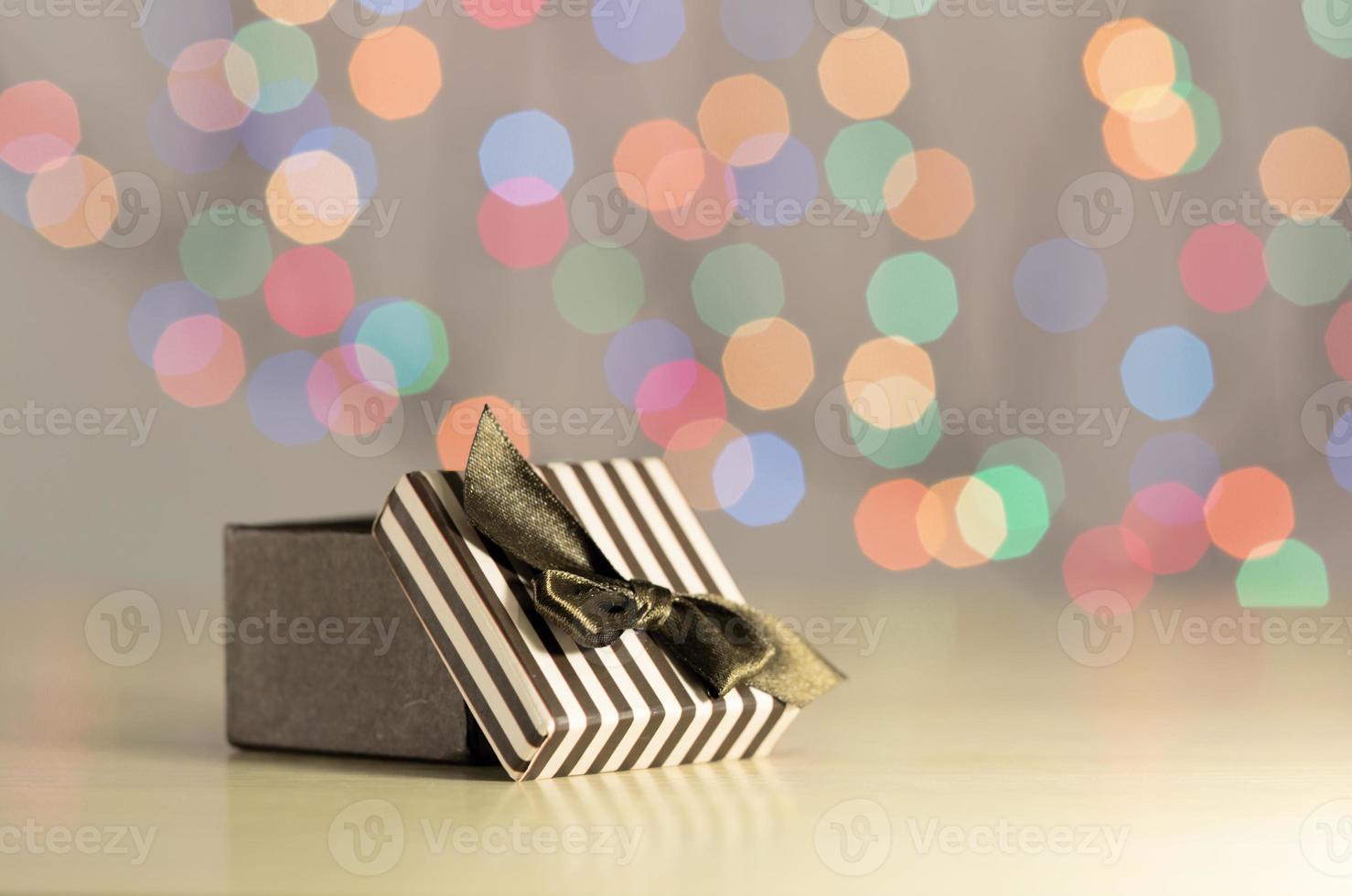 caixa de presente marrom. foto
