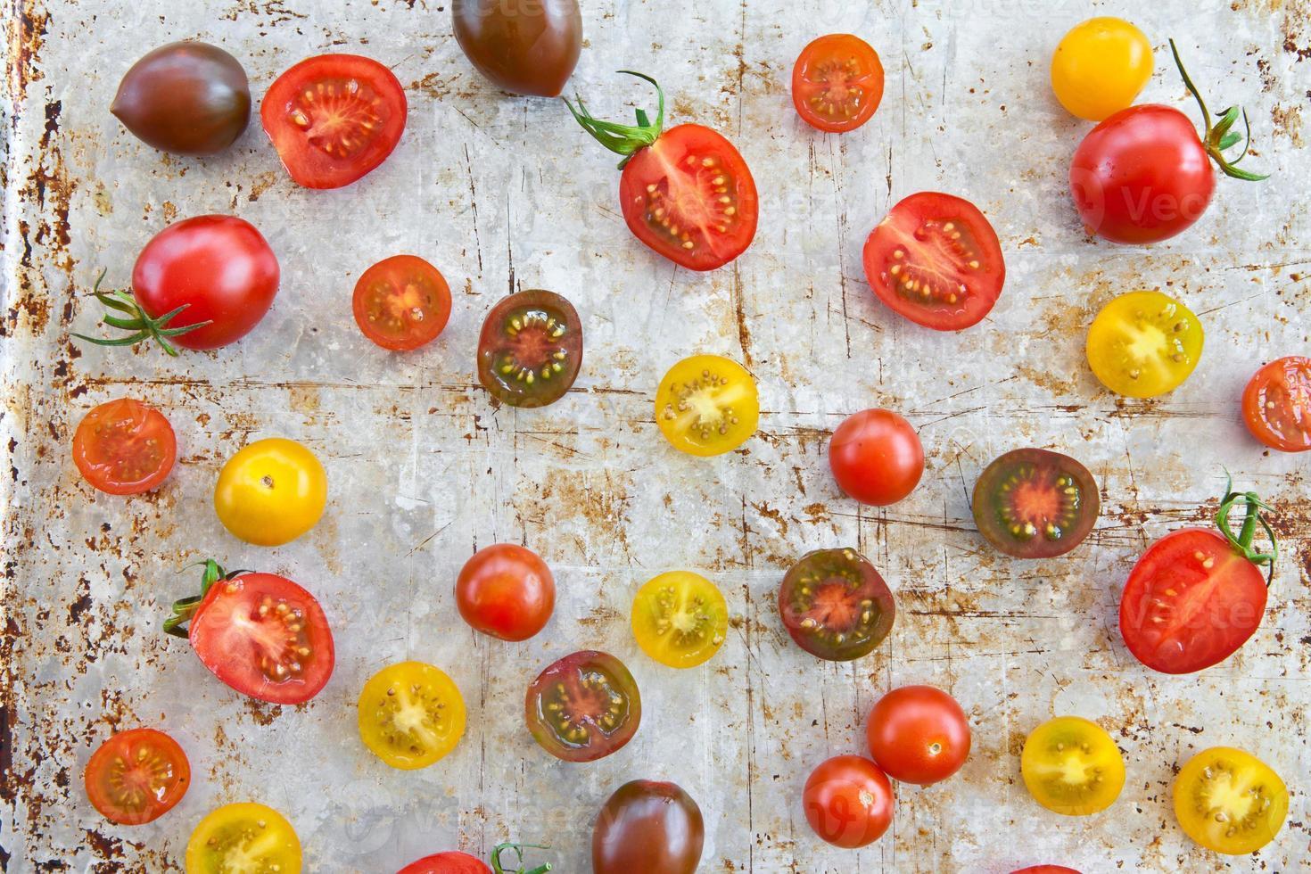vários tomates foto