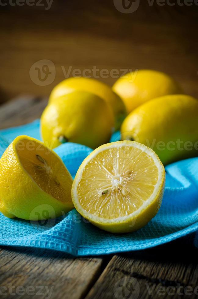 limões amarelos foto