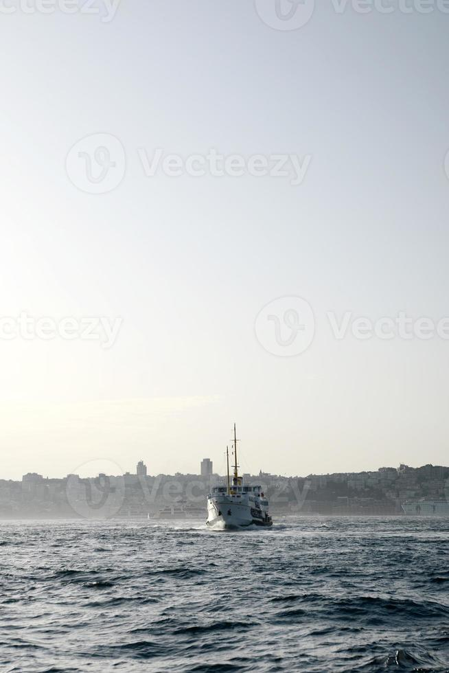 barco de passageiros istambul foto