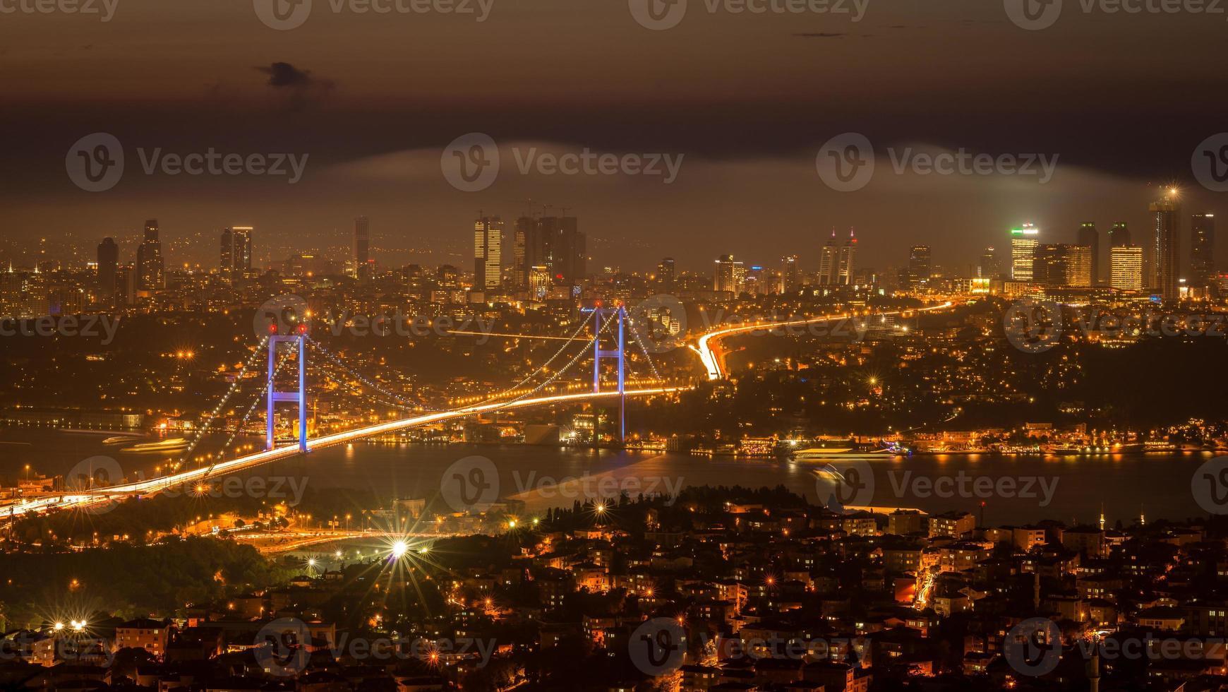 fotografia da noite de istambul foto