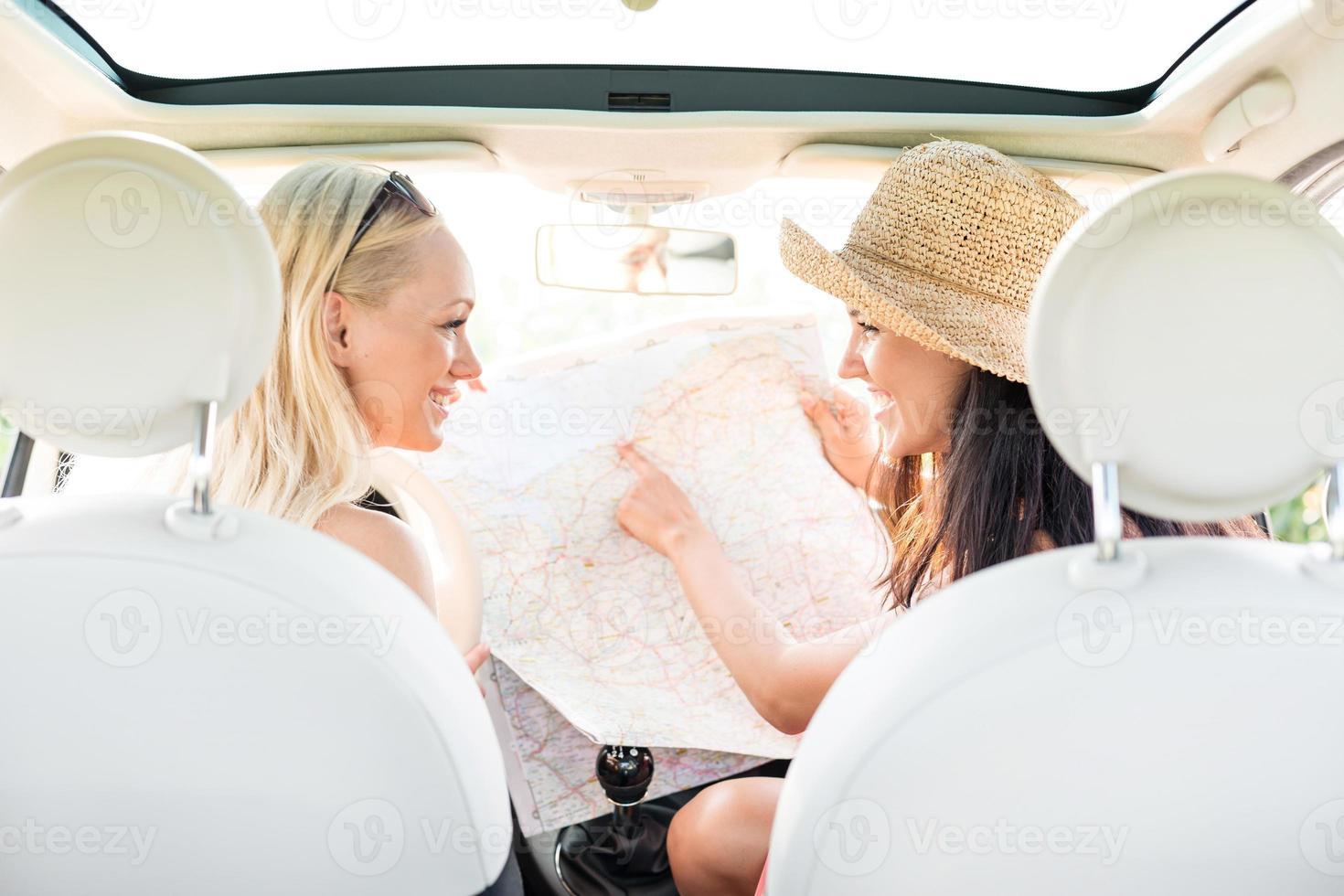 viagem feminina foto