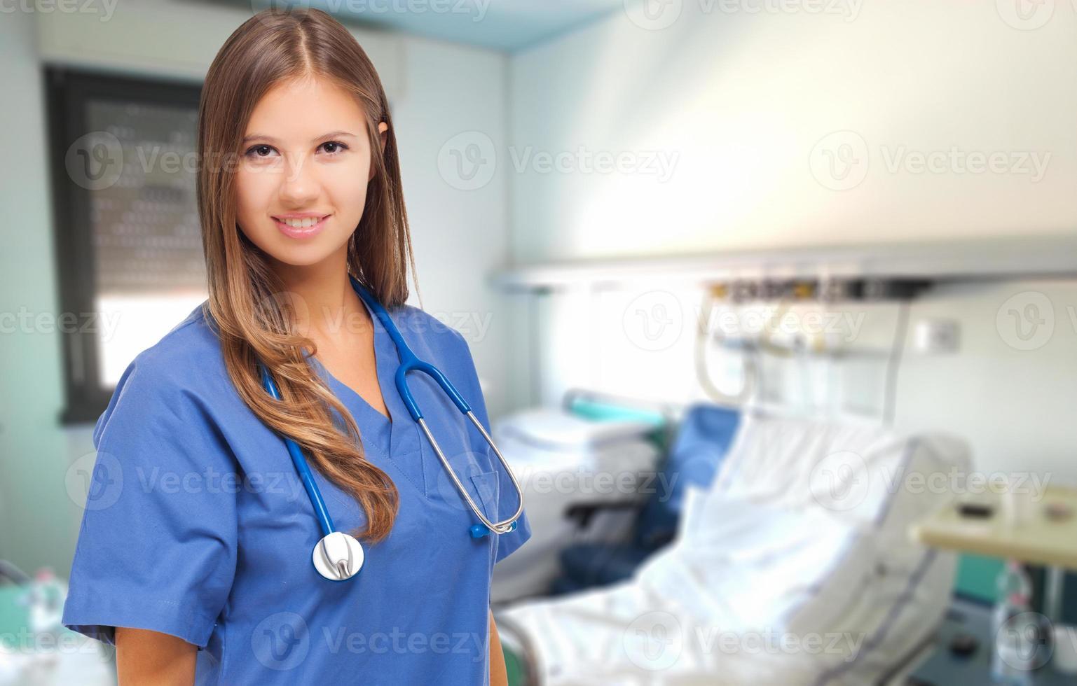 sorrindo enfermeira feminina foto