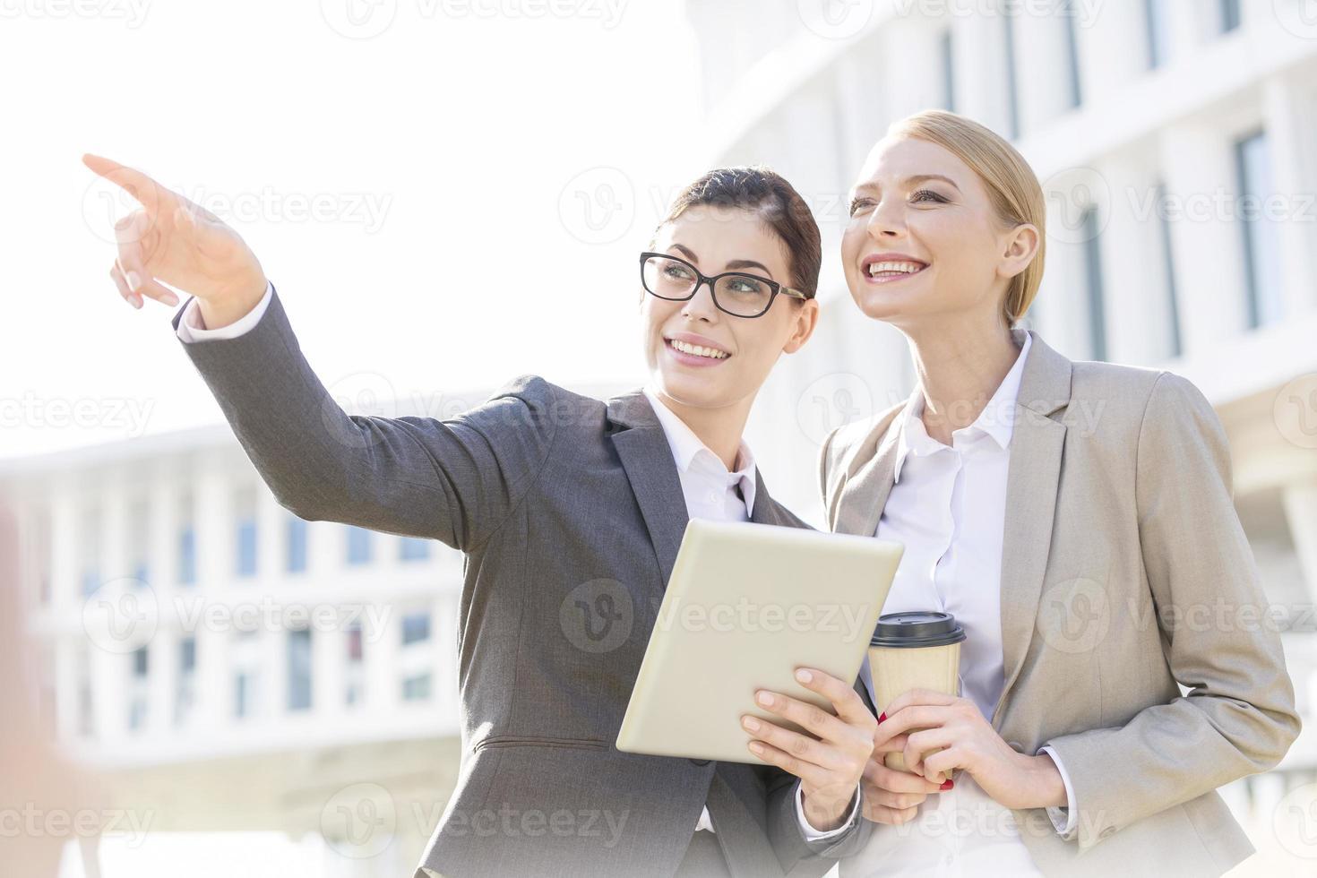 negócio ao ar livre feminino foto